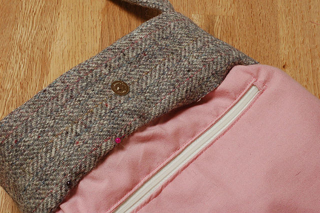 tweed embroidered bag