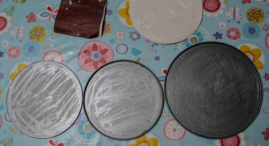 scratched cake tin bases (1 of 1)