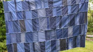 Super Easy DIY Denim Rag Quilt