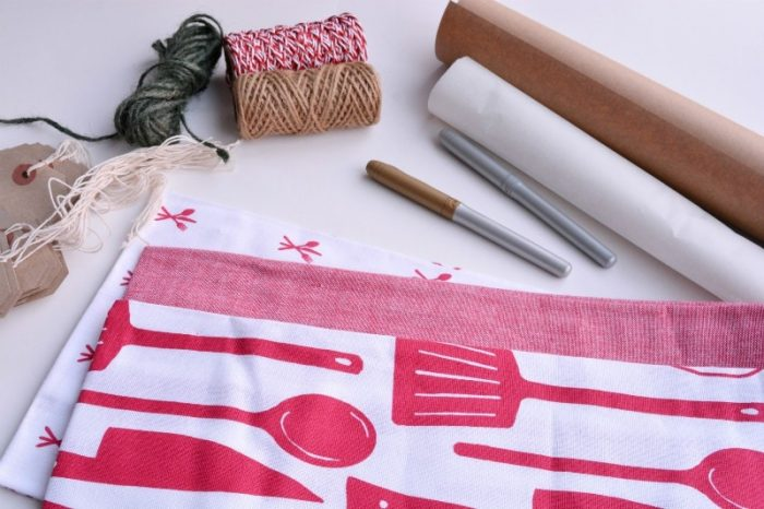 use what you have, DIY gift wrap