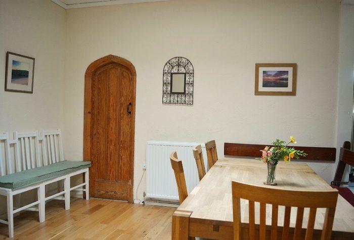 Bland dining room