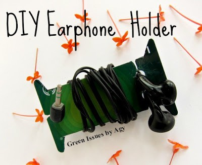 credit card earphone holders