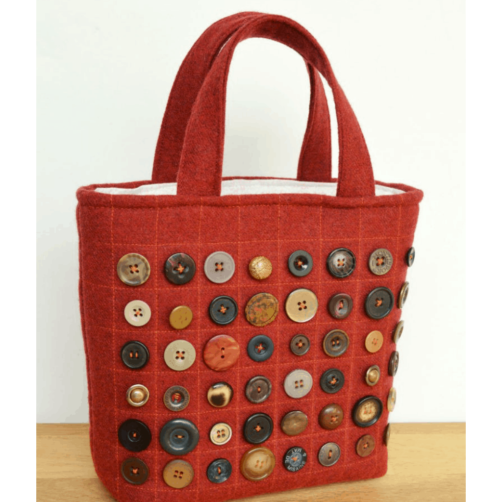 Buttons, free bag pattern