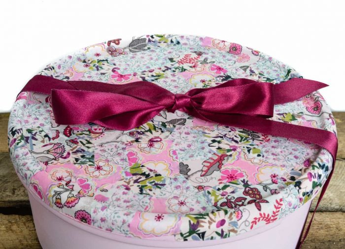 Recycle sweet tins into gift boxes