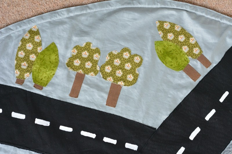 DIY drawstring car play mat (post sponsored by Volkswagen) 22