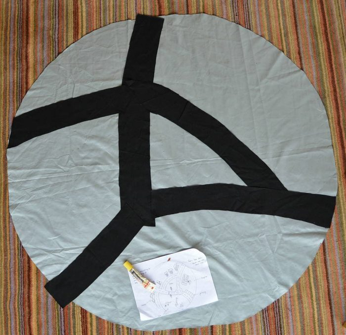 DIY drawstring car play mat (post sponsored by Volkswagen) 10