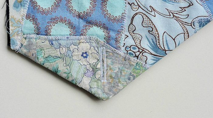 What to make with fabric scraps?? Free fabric scraps clutch tutorial 18