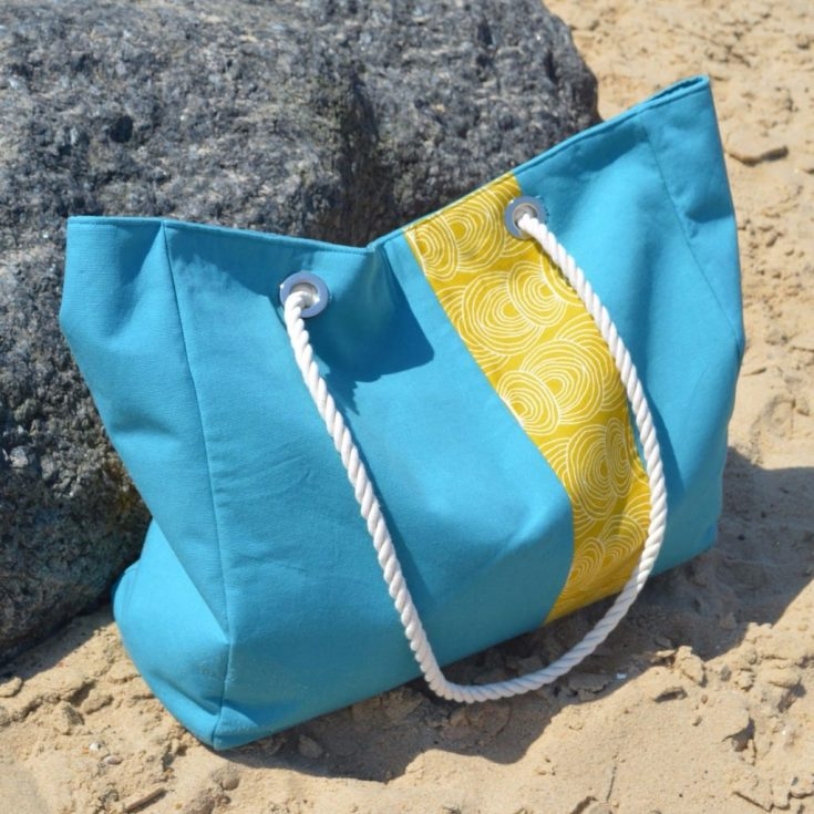 Free large beach bag pattern with pockets