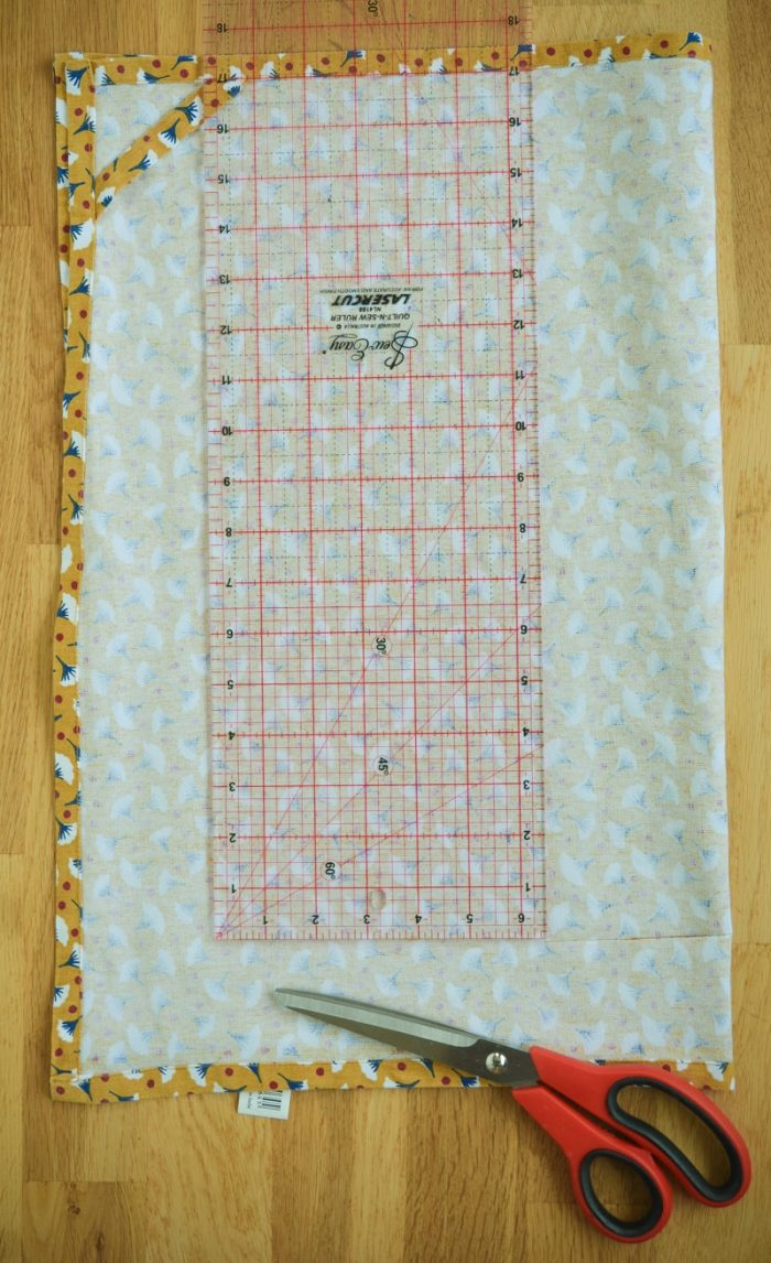 Quick and easy tote bag, transform an old t towel 6