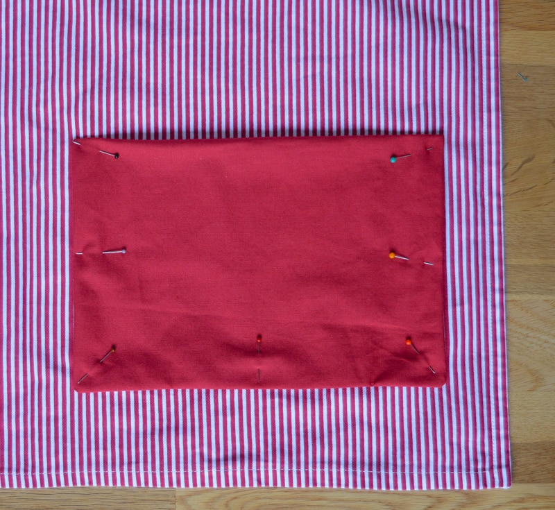 Quick and easy tote bag, transform an old t towel 18