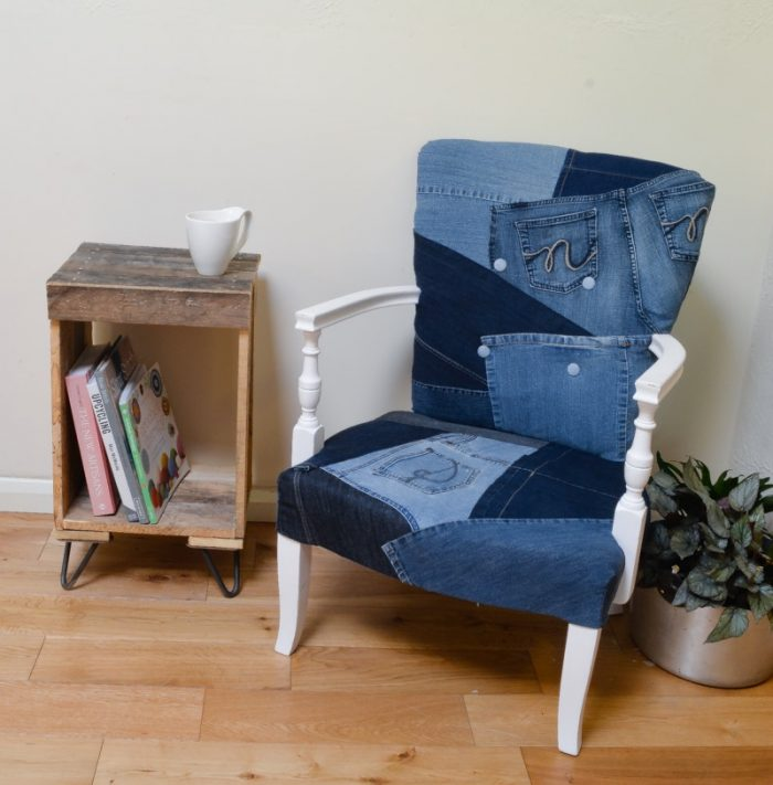 Upcycled denim chair, DIY, Tutorial, reupholster, Denim chair
