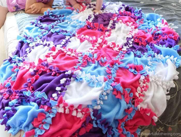 DIY Cosy Blankets 4