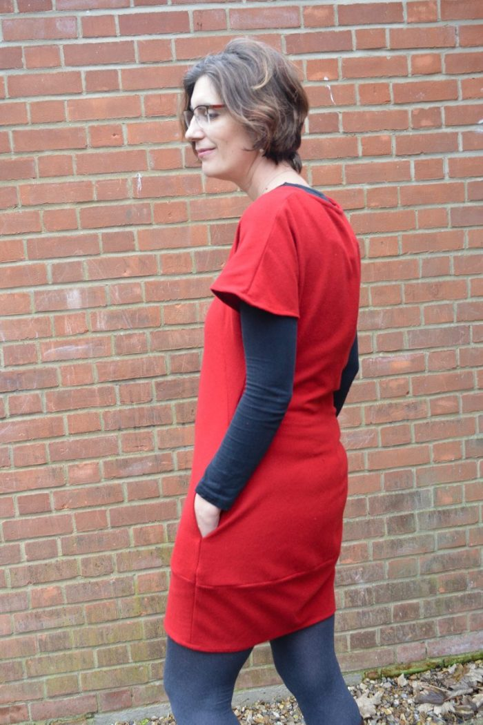 Celebrating Christmas - my new red dress. Tulip Dress Sew Different 6