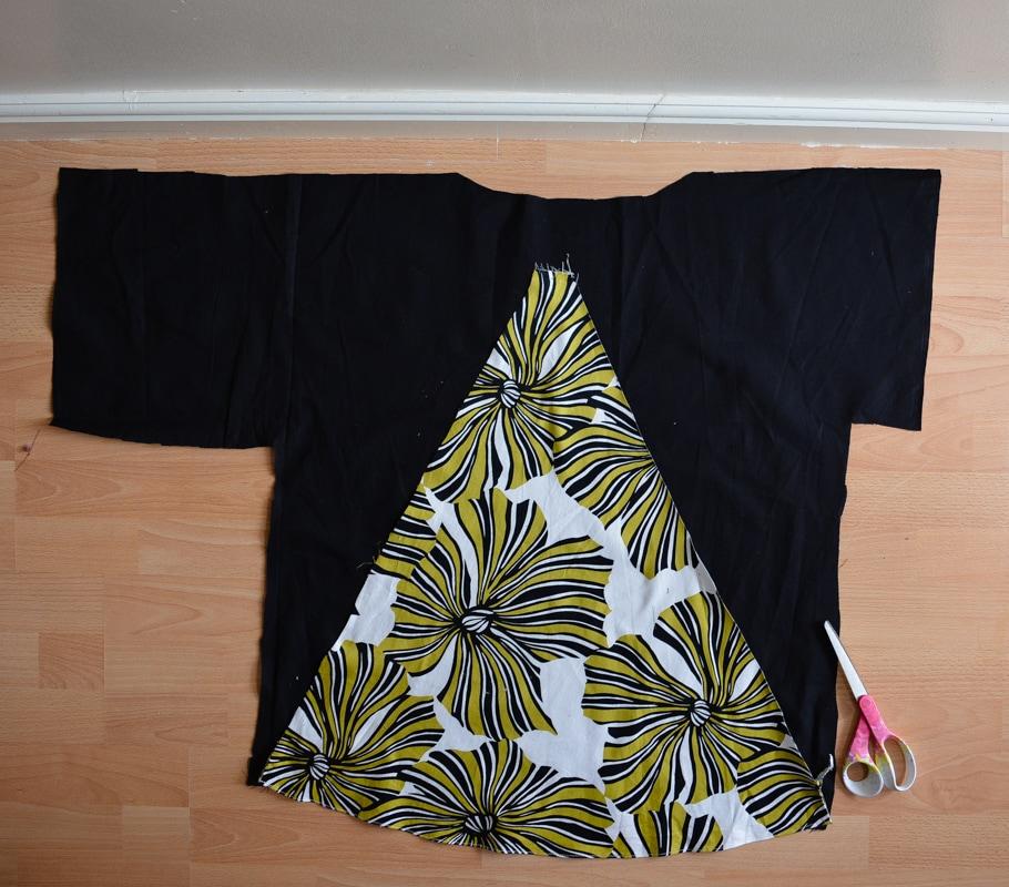 DIY Dress refashion into a kamino top #restylingexchange2018 12