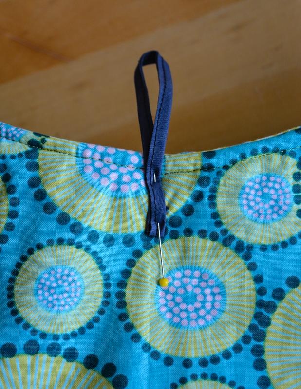 Spring Blooms Tote Bag - Free Pattern, Wool Tote Purse 34