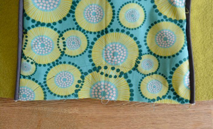 Spring Blooms Tote Bag - Free Pattern, Wool Tote Purse 26