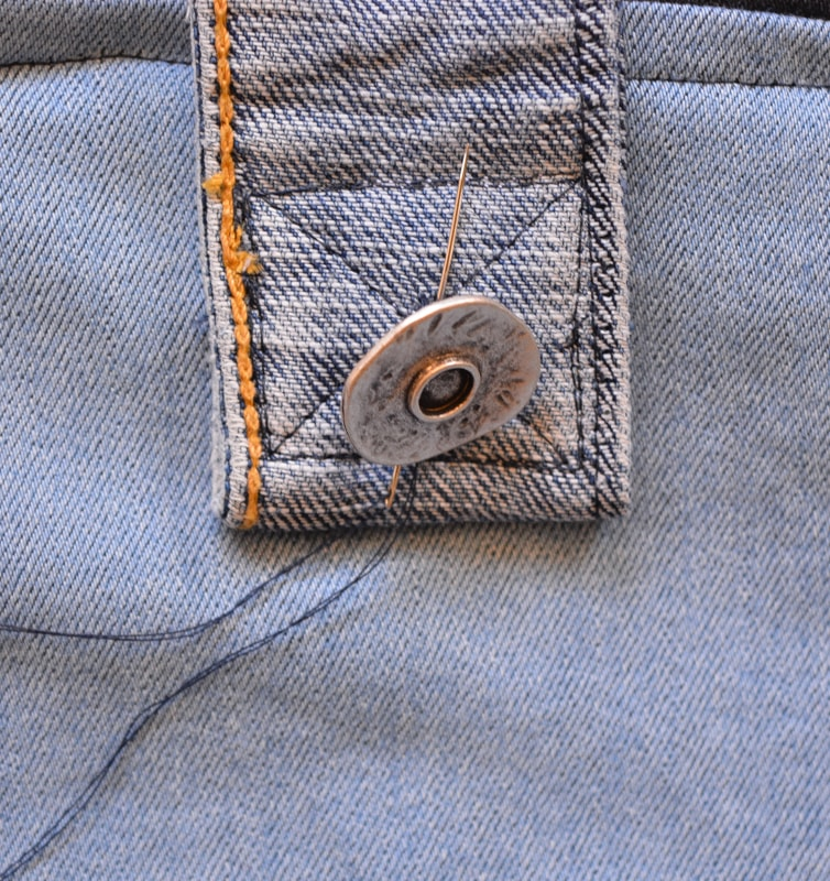 DIY Denim Curtains - how to make lined curtains 32