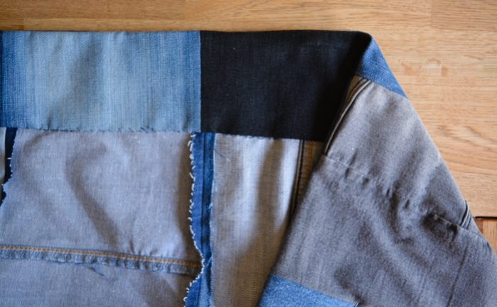 DIY Denim Curtains - how to make lined curtains 22