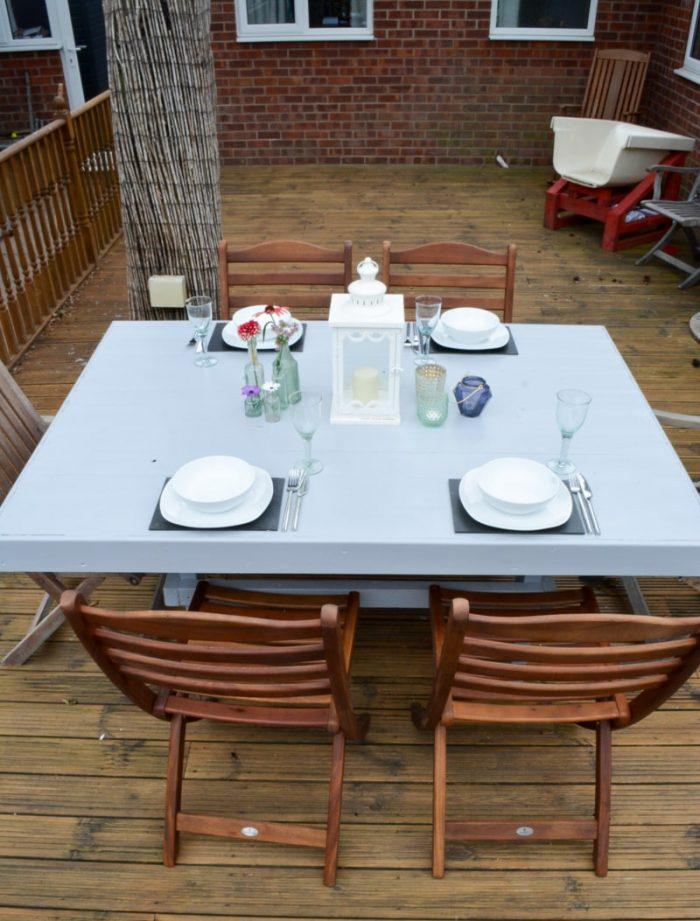 DIY Outdoor Dining Table, DIY Garden table set with flowers and candles