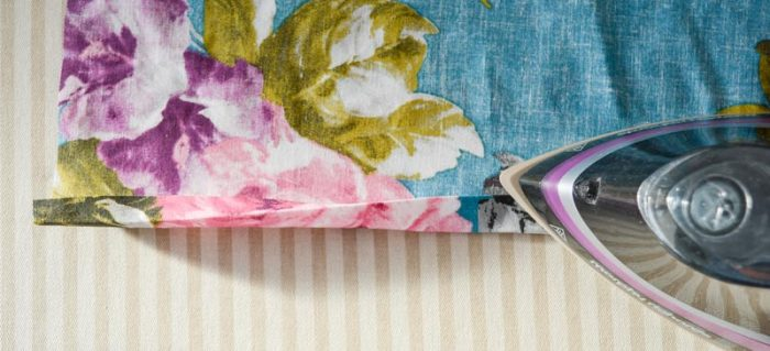 Easy DIY envelope cushion with pom-pom trim 6