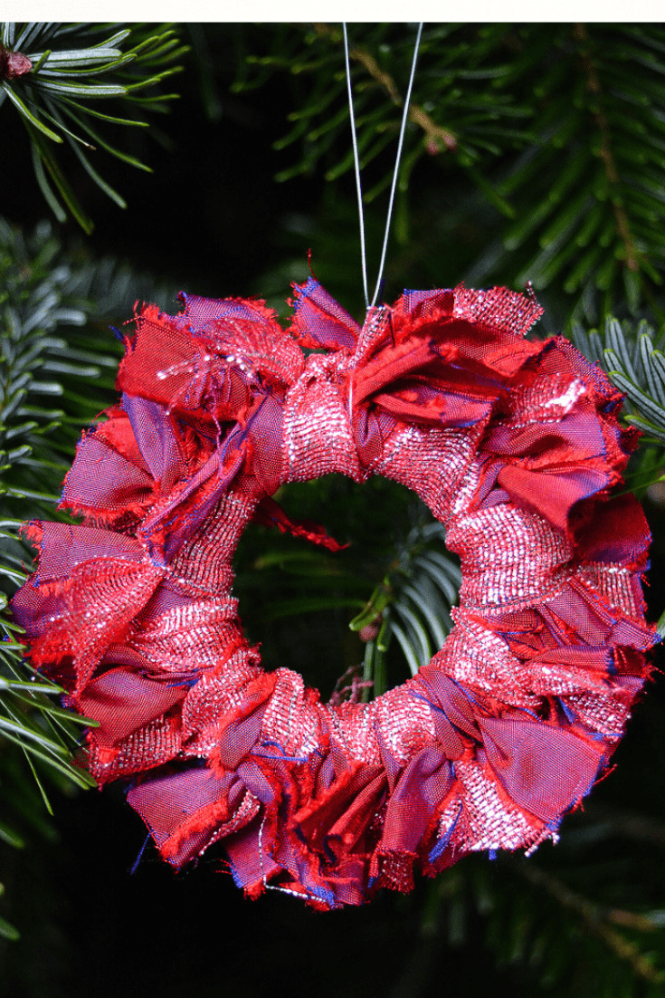 DIY upcycled Christmas decorations, 5 Great ideas for Repurposing curtain rings 14