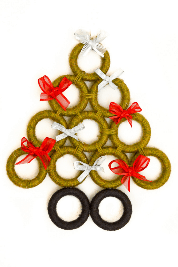 DIY upcycled Christmas decorations, 5 Great ideas for Repurposing curtain rings 22