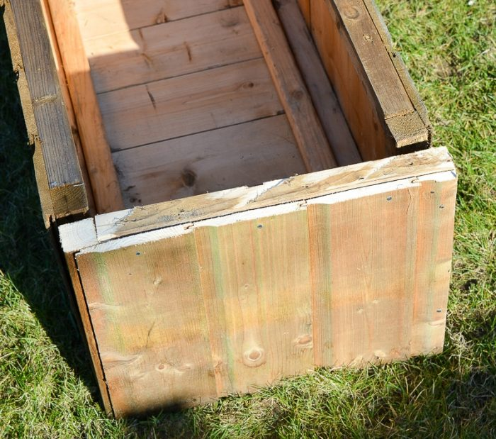 DIY Garden planters - upcycle your old garden shed 18
