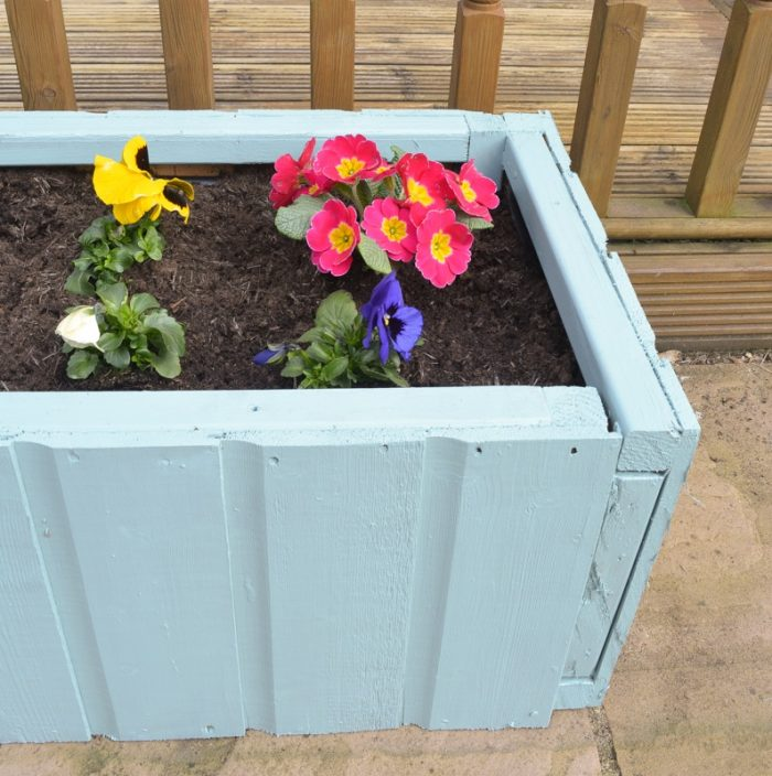 DIY Garden planters - upcycle your old garden shed 26