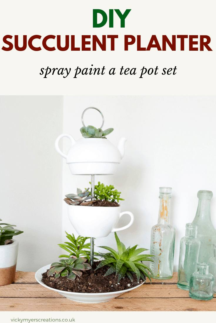 Make a succulent table centerpiece with former crockery, to make a fabulous upcycled indoor DIY planter #DIYsucculentplanter #indoorplanter