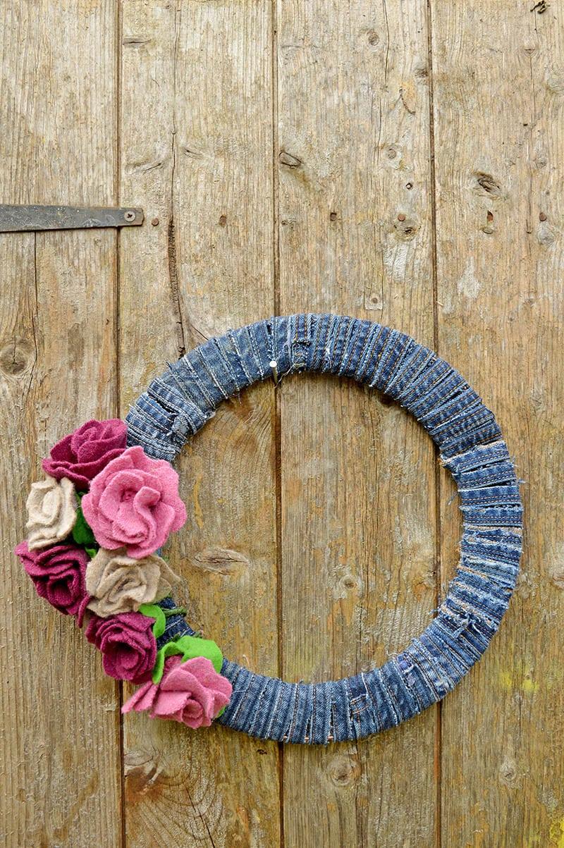 denim and felt flower DIY wreath