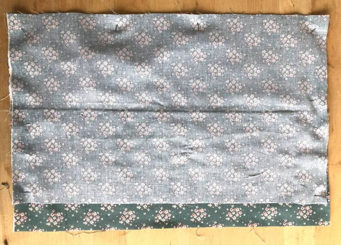 Easy Crochet Hook Roll Pattern - free pattern for fat quarters 16