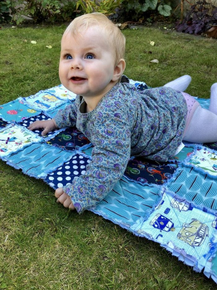 How to make a baby rag quilt 8