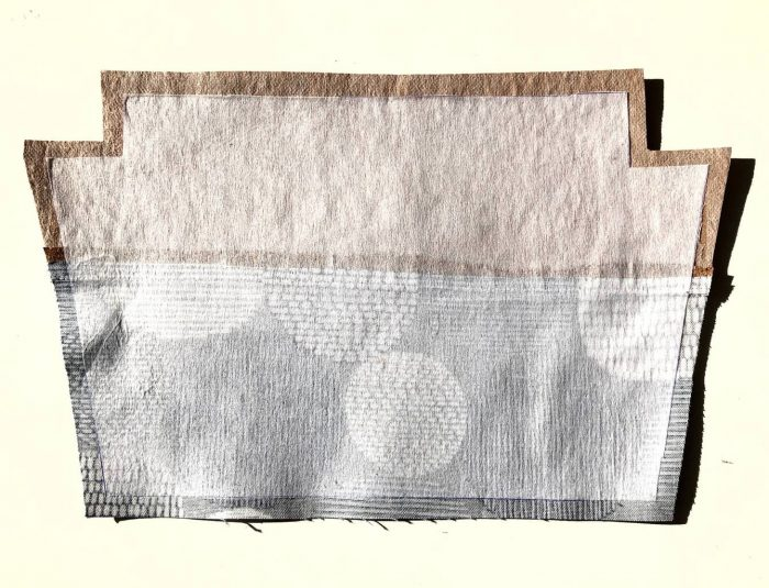 How to make a zippered pouch tutorial flat bottom 18