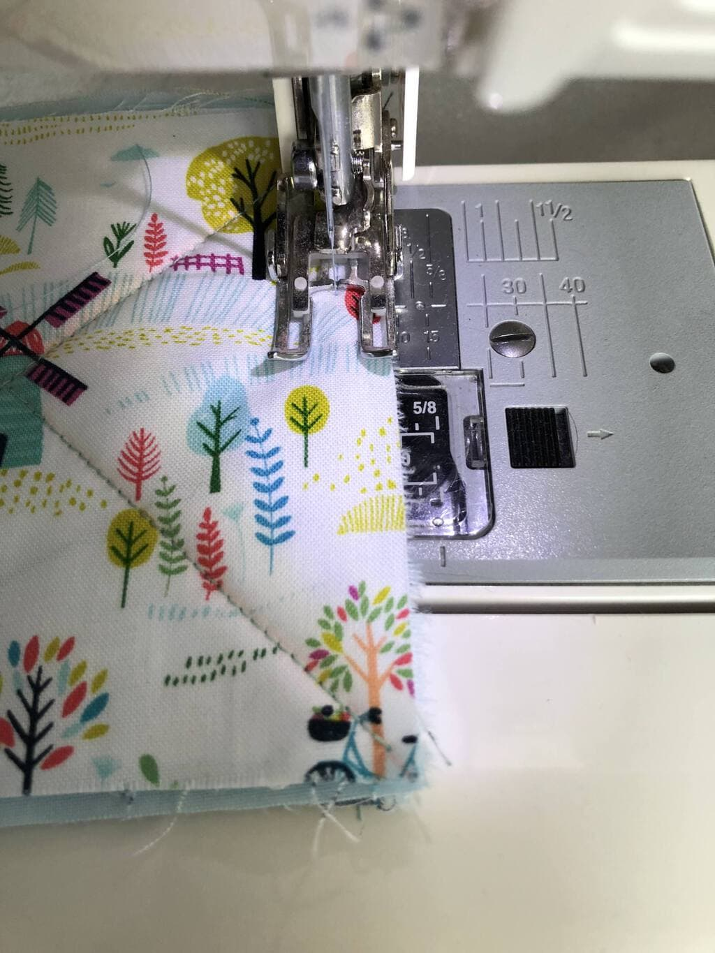 How to make a baby rag quilt 18