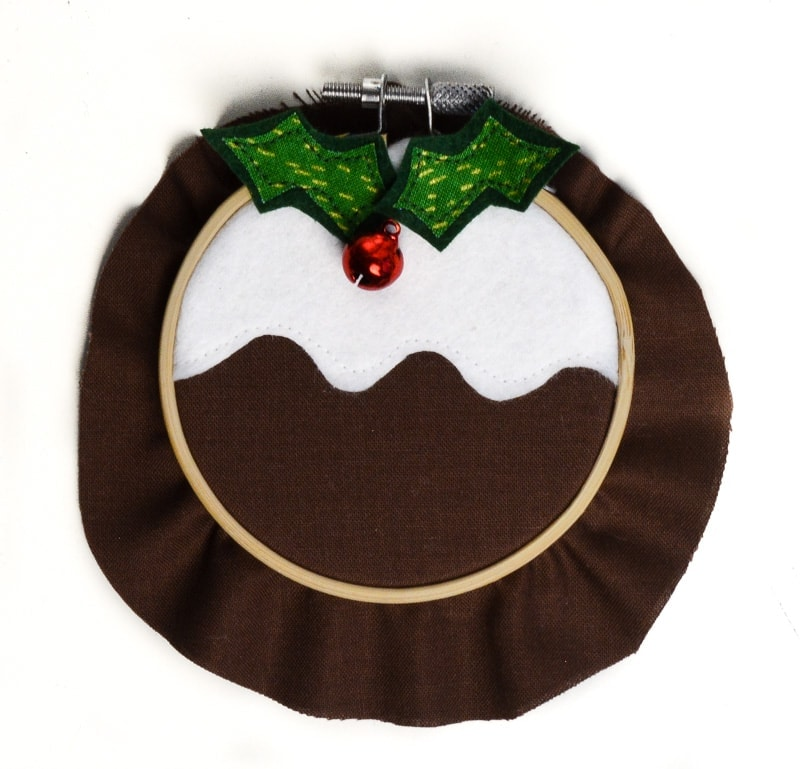 How to make a Christmas pudding decoration 12