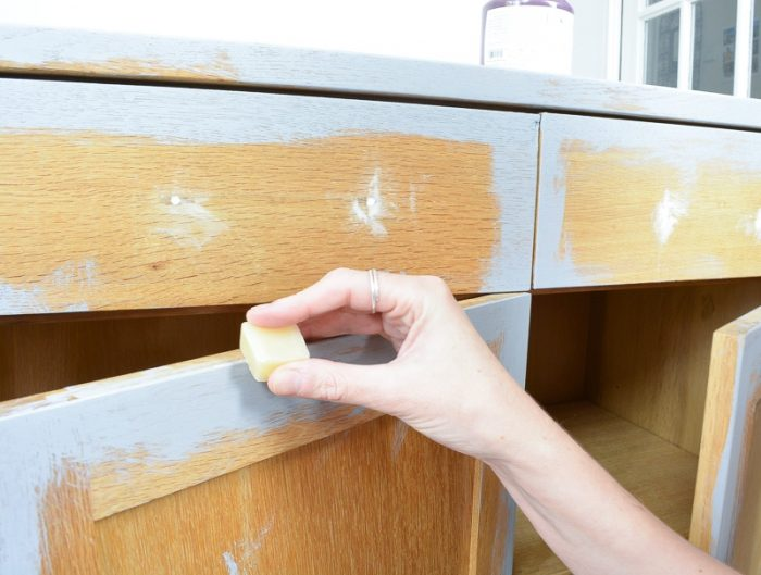 How to upcycle a sideboard 15